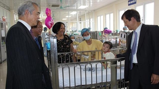 Bệnh viện Nhi Trung ương bảo vệ tối đa cho nụ cười trẻ em Việt Nam