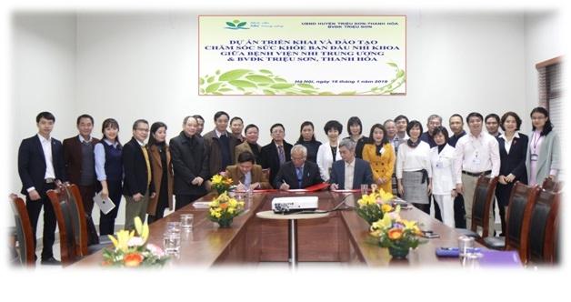 Ký kết thỏa thuận hợp tác, hỗ trợ chuyên môn y tế với Bệnh viện Đa khoa Triệu Sơn, Thanh Hóa