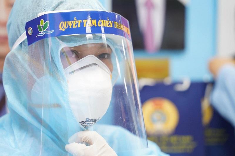 Đoàn y, bác sĩ Bệnh viện Nhi Trung ương lên đường hỗ trợ phòng, chống dịch tại tỉnh Vĩnh Long